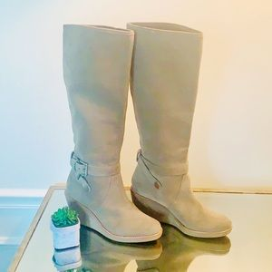 Coach Suede Wedge Boots 8.5 Taupe Very Clean